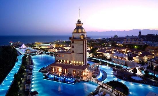 تفاصيل اصابة أردنية بشلل نصفي خلال زيارة سياحية إلى تركيا