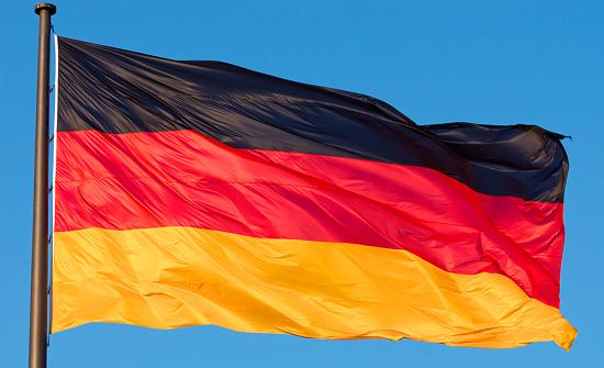 ألمانيا: تشديد اجراءات السفر بسبب ارتفاع الإصابات بكورونا