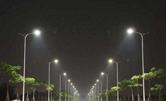 أمانة عمان: تنفيذ المرحلة الثانية من وحدات الإنارة الموفرة للطاقة