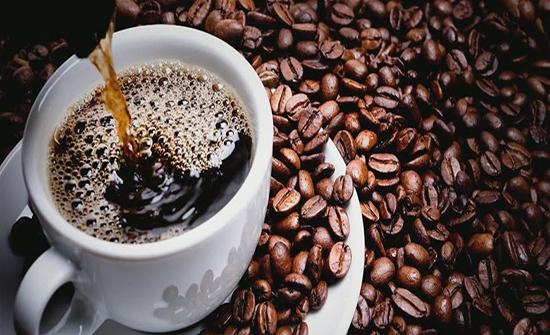 تحذير من تناول القهوة في الجو الحار