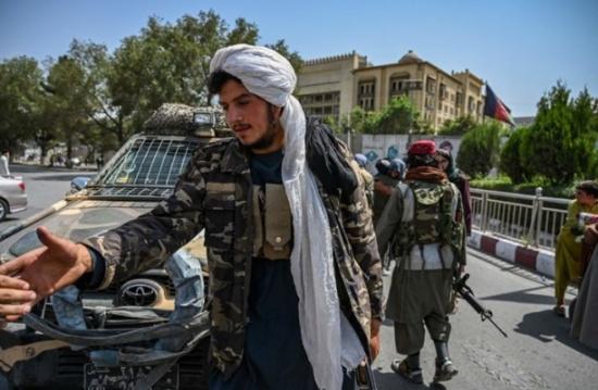 طالبان تنفي طلب مساعدة من تركيا بإدارة مطار كابول