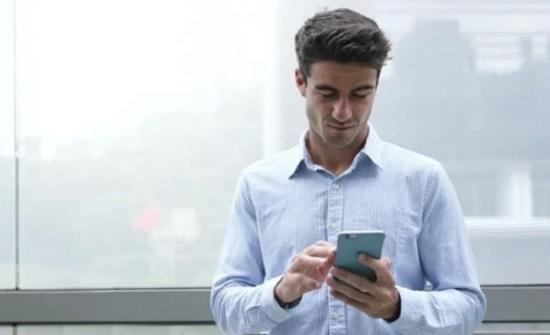 امريكا : شاب ينتقم من خطيبته السابقة بـ إعلان على فيسبوك.. شاهد