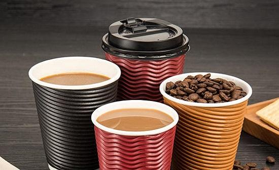 احذر شرب القهوة بالاكواب الورقية!