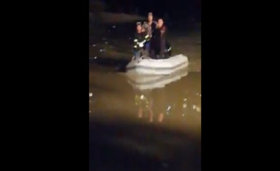 شاهدوا: لحظة العثور على جثة حمزة الخطيب في السد