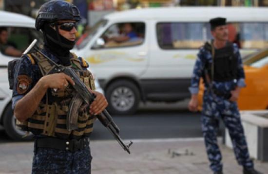 """أمن العراق: """"البعض"""" استغل التظاهرات فقتل وجرح وحرق ونهب"""