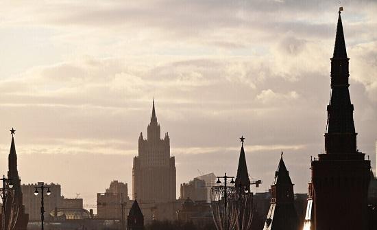 روسيا تحظر دخول 8 مسؤولين أميركيين إلى أراضيها