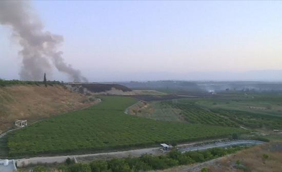 استمرار مكافحة حريق امتد من غربي نهر الأردن نحو أراضٍ أردنية