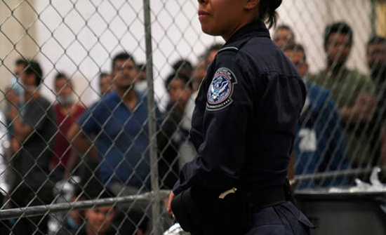 السلطات الأمريكية تستأنف معالجة طلبات اللجوء اعتبارا من 19 فبراير