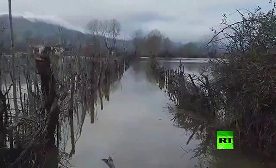 شاهد : فيضانات عارمة في ألبانيا