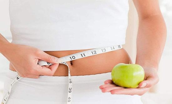 7 أنواع من الفاكهة تعمل على إزالة الكرش وحرق الدهون منها الرمان