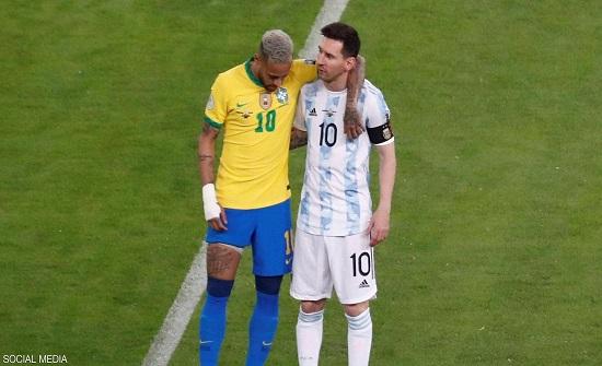 """فرحة جنونية للاعبي الأرجنتين.. و""""فيديو عاطفي"""" لميسي ونيمار"""