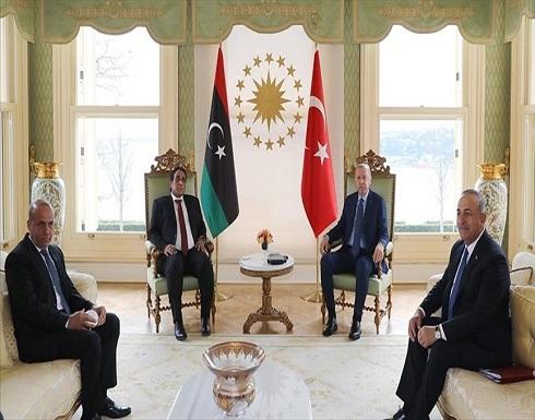 أردوغان والمنفي يبحثان التطورات في تونس