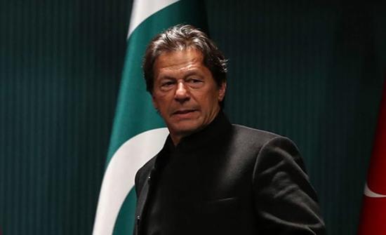 عمران خان: ابن لادن مات شهيدا.. ويثير ضجة بباكستان
