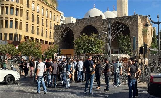 مرفأ بيروت.. أهالي الضحايا يقتحمون باحة منزل وزير الداخلية