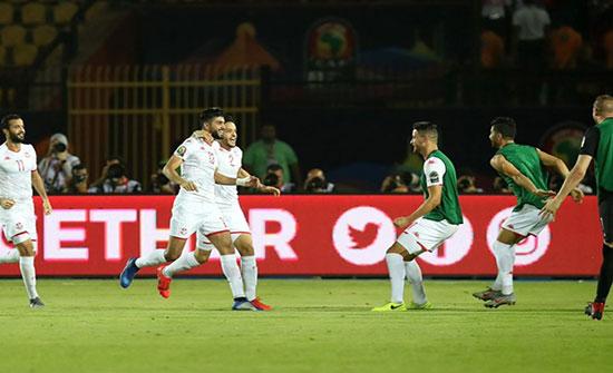 تونس تضرب موعدا مع السنغال في نصف نهائي أفريقيا (شاهد)