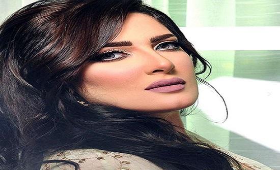 شاهد: هبة الدري مصدومة وكادت تبكي بسبب ماحدث لوجهها