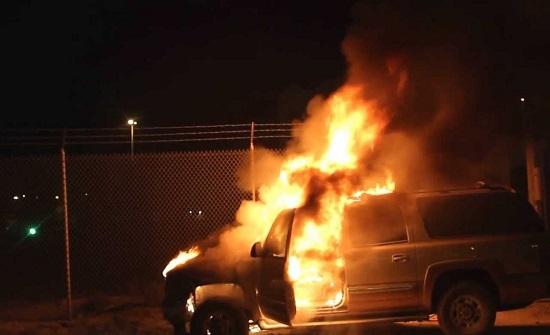إخماد حريق مركبة في عمان