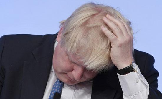 """الاتحاد الأوروبي ينذر جونسون.. ويتمسك بموقفه من """"أيرلندا"""""""