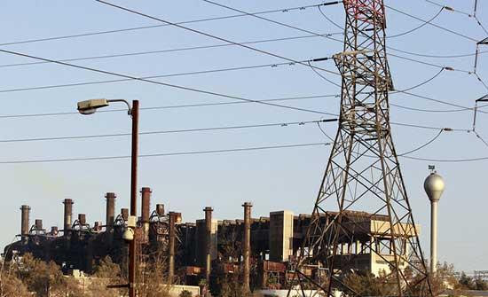 الحكومة لا تعلم للآن سبب انقطاع الكهرباء