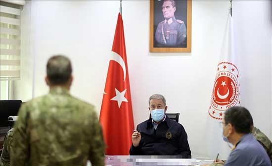 وزير الدفاع التركي: القرارات السياسية لا تغيّر حقائق التاريخ