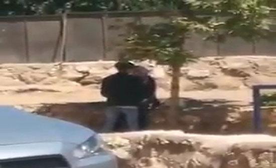 """شاهد : قبلات في الشارع العام في عمان"""" اللي استحوا ماتوا """""""