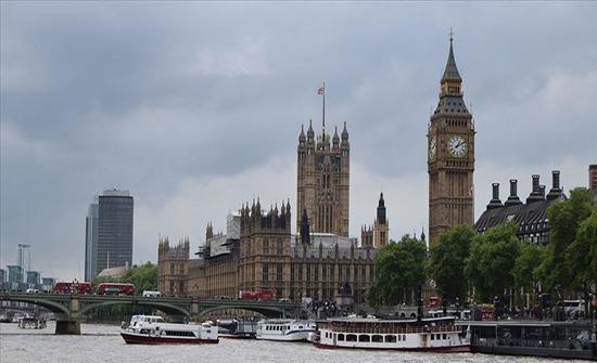 بريطانيا: القبض على 9 اشخاص بتهمة التخطيط لأعمال تخريبية بمطار هيثرو