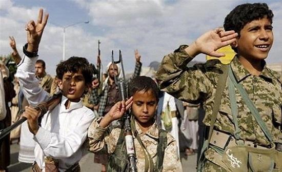 """فرض """"قَسَم الولاية"""" بـ8 آلاف مدرسة بمناطق الميليشيات"""