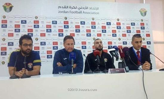 مدرب المنتخب الوطني يطلب مساندة الجماهير امام الكويت
