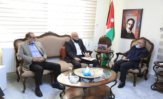وزير الثقافة: معرض عمان للكتاب في موعده المحدد وفق الاشتراطات الصحية
