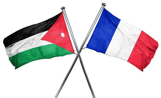 فرنسا تشترط على الأردنيين تلقي اللقاح لدخول أراضيها