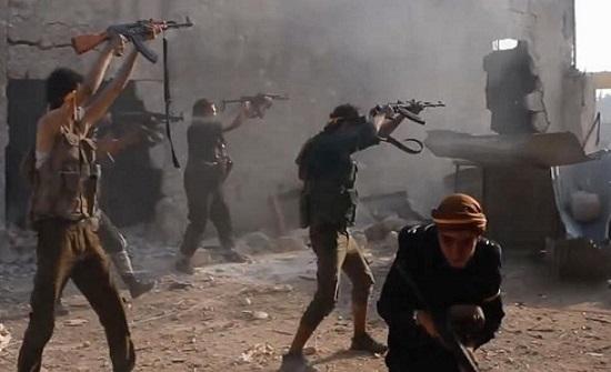 سوريا.. مقتل 26 باشتباكات بين قوات النظام ومسلحين بإدلب