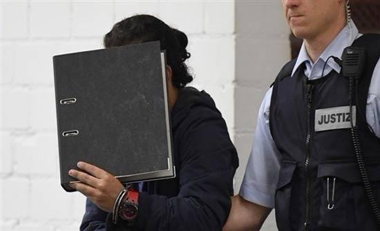 ألمانيا: اتهام 3 سوريين بالانتماء لجبهة النصرة وارتكاب جرائم حرب