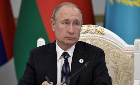 الكرملين: بوتين لم يصدر أوامر بإرسال قوات عسكرية إلى ليبيا