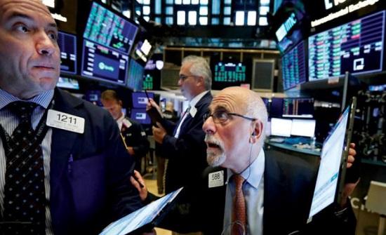 الأسواق تتحدى تحذيرات الركود
