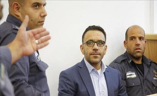 قوات إسرائيلية تعتقل محافظ القدس عدنان غيث