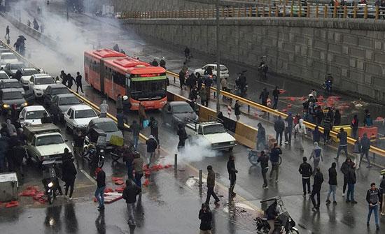 """إيران تبرر قمع الاحتجاجات.. """"الأمن قبل الاقتصاد"""""""