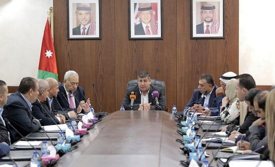 فلسطين النيابية تلتقي رئيس منتدى الخليل للتنمية الشاملة