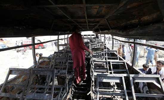 مصرع 20 على الأقل في تحطم حافلة في باكستان