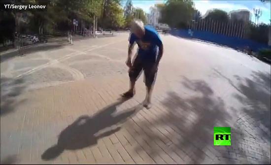 بالفيديو : ركوب أصغر دراجة في العالم من مدينة كراسنودار الروسية