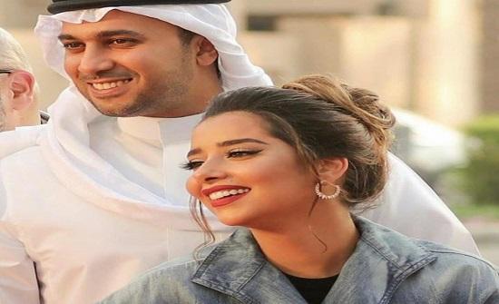شاهدوا.. بلقيس فتحي تتلقى قبلة من زوجها ويفاجئها بالورود في عيد ميلادها