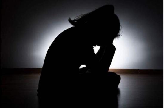 عُمان  : العثور على فتاة عربية مقتولة بعد تعذيبها  !