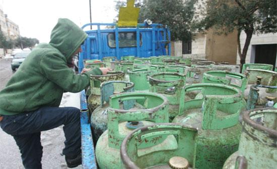 تدهور مركبة محملة باسطوانات الغاز في عجلون