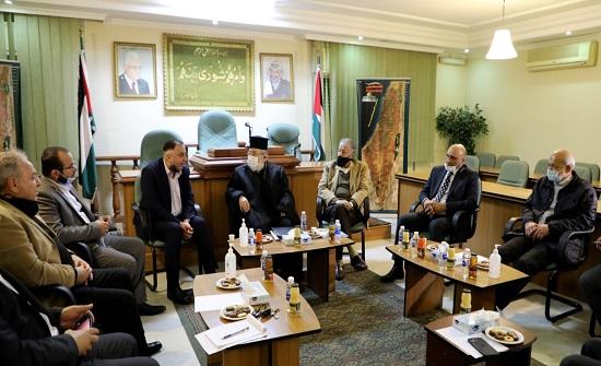 فلسطين النيابية تدعو الفصائل لتوحيد الصف خدمة للقضية
