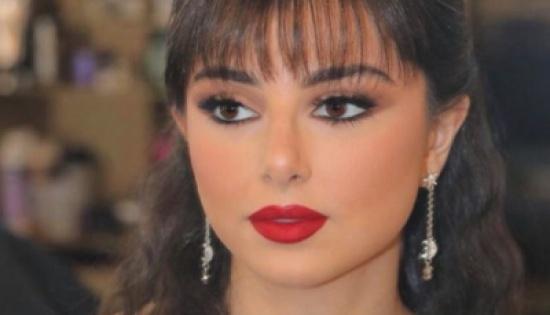 ماريتا ابنة عاصي الحلاني ترقص الدبكة في تظاهرات لبنان