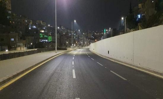 إعادة حركة المرور في شارع الاستقلال وبالاتجاهين