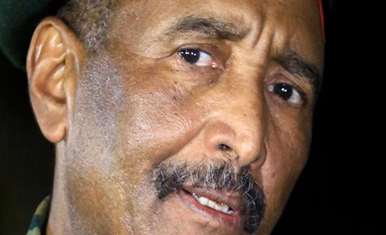 البرهان: رفع السودان من قائمة الإرهاب سينهي عزلتنا