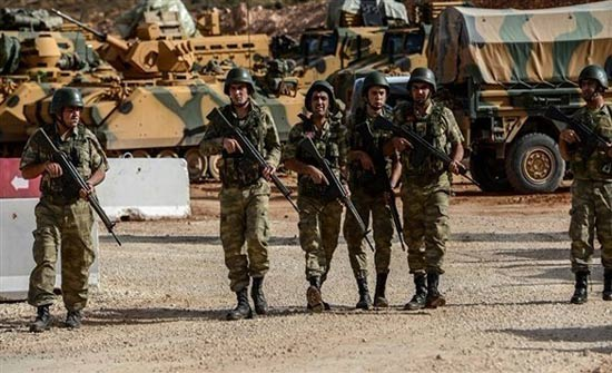 أنقرة: مقتل جنديين تركيين إثر سقوط صاروخ قرب قاعدة عسكرية