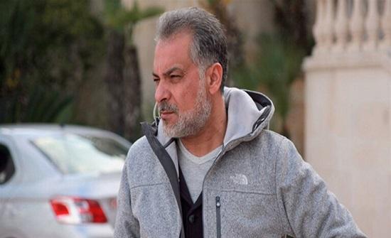 شاهدوا ابن حاتم علي يتحدث عن حالة والده الصحية.. والساعات الأخيرة قبل وفاته