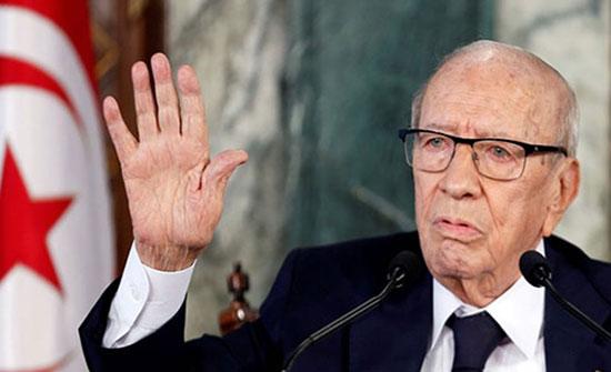 الرئاسة التونسية: صحة الرئيس الباجي قايد السبسي بدأت بالتحسن