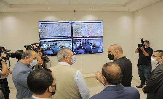رئيس الوزراء يدشن المسار الأول للباص للسريع